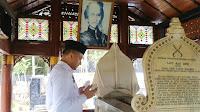 Senator Fachrul Razi Ziarah Ke Makam Tjut Nyak Dhien