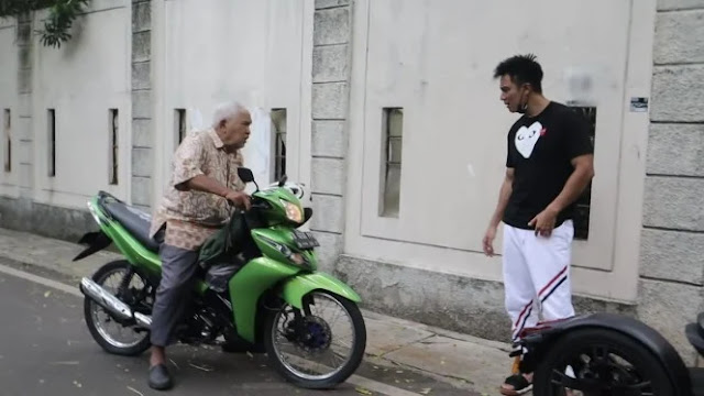 Klarifikasi Kakek Suhud, Bantah Pepet Motor Baim Wong