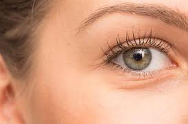 Review Eye Cream Viva : Manfaat Viva Queen Revitalizing Eye Cream
