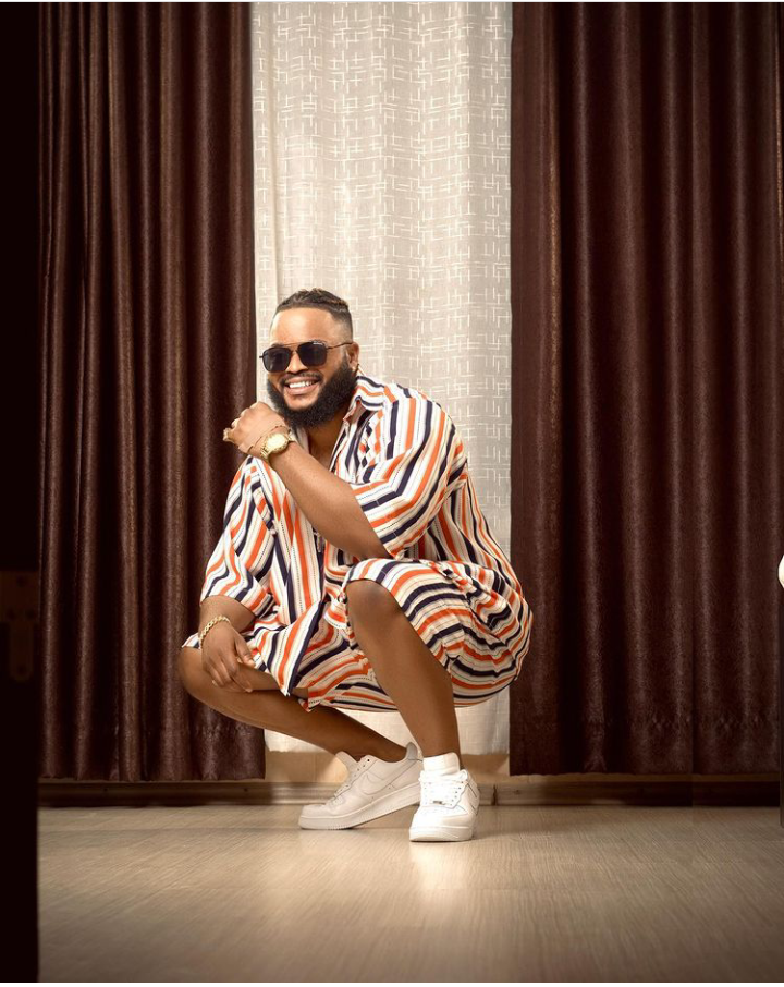 """Whitemoney steps out in lovely outfit, calls himself """"Odogwu"""""""