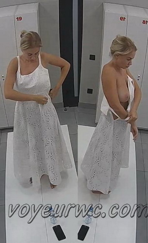 Changing room spy cam shoots women that came to the gym (Lockerroom 2244-2251)