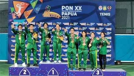 Atlet Jatim Sapu Bersih Medali Emas Tenis PON XX Papua