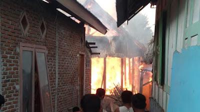 Kebakaran di Montabaru Dompu Hanguskan 6 Rumah