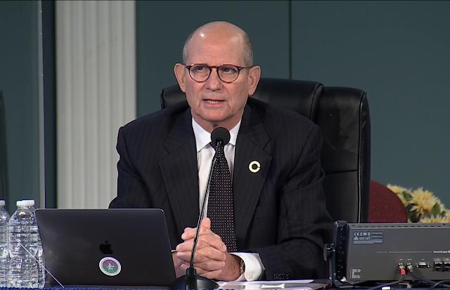 Problemas doutrinários e queda nos digimos e ofertas tem preocupado Ted Wilson presidente da Igreja Adventista