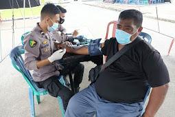 Ratusan Warga Ambon Ikuti Vaksinasi Presisi Polda Maluku