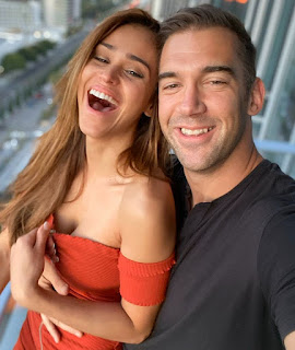 Lewis Howes with his former girlfriend Yanet Garcia