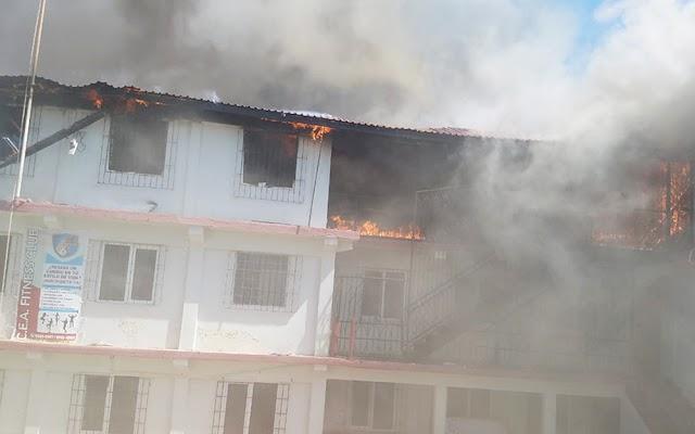 Urgente- Mais uma escola Adventista destruida pelo fogo