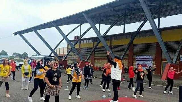 Warga Tebo Geruduk Sport Center Untuk Senam dan Vaksin Gratis Bersama MPC Pemuda Pancasila