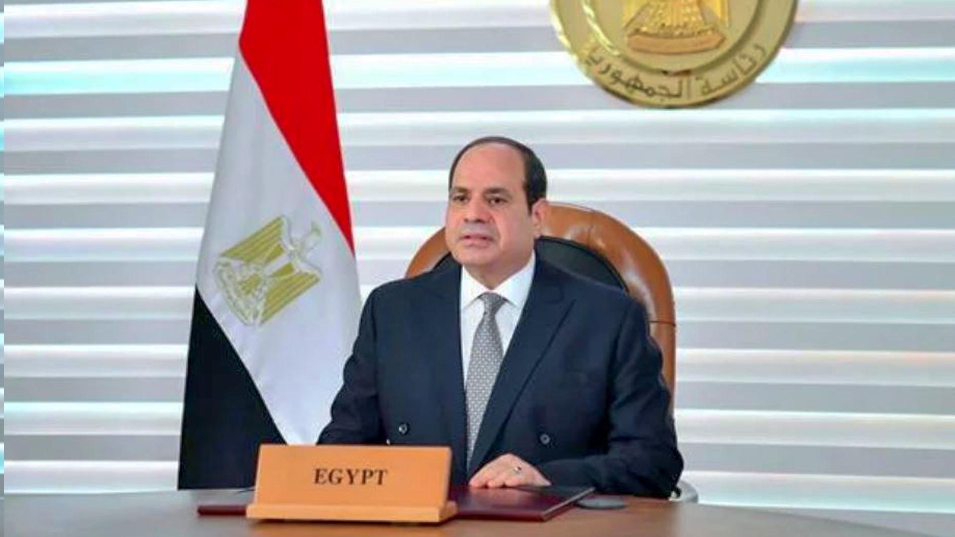 الرئيس السيسي El-Sisi يعلن عن افتتاح مجموعة مشروعات إسكان بديل المناطق غير الأمنة بمدينة 6 أكتوبر