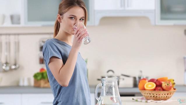 Chia sẻ 4 khung giờ phải uống nước mỗi ngày để thải hết độc tố cơ thể ra ngoài by BeeTechz