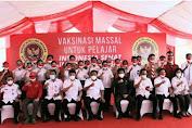 Dampingi Gubernur, Walikota Pantau Vaksin Massal Pelajar dan Santri