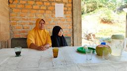 Sedih Akan Berpisah, Ibu Asuh Sebut Satgas  Sudah Kami Anggap Anak Sendiri
