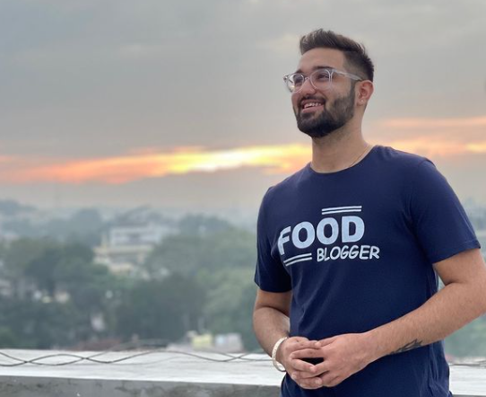 Sanskar Khemani - I Look at Every Challenge as an Opportunity (Food and Lifestyle Blogger from Nagpur, India)