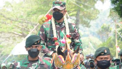 Bekal ke Papua, Pangdam III/Siliwangi Peragakan Bela Diri Sistim Pertahanan Diri Tentara Israel