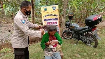 Rambut gimbal warga Poncowarno dipotong Polisi