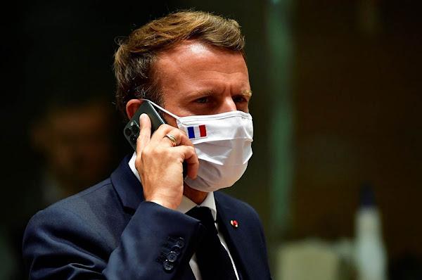 """Marseille (13) : Sans pass sanitaire, il présente le QR code de Macron et termine en garde à vue """"Une contravention de 4e classe"""""""