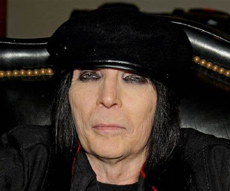 Mick Mars Net Worth, Income, Salary, Earnings, Biography, How much money make?