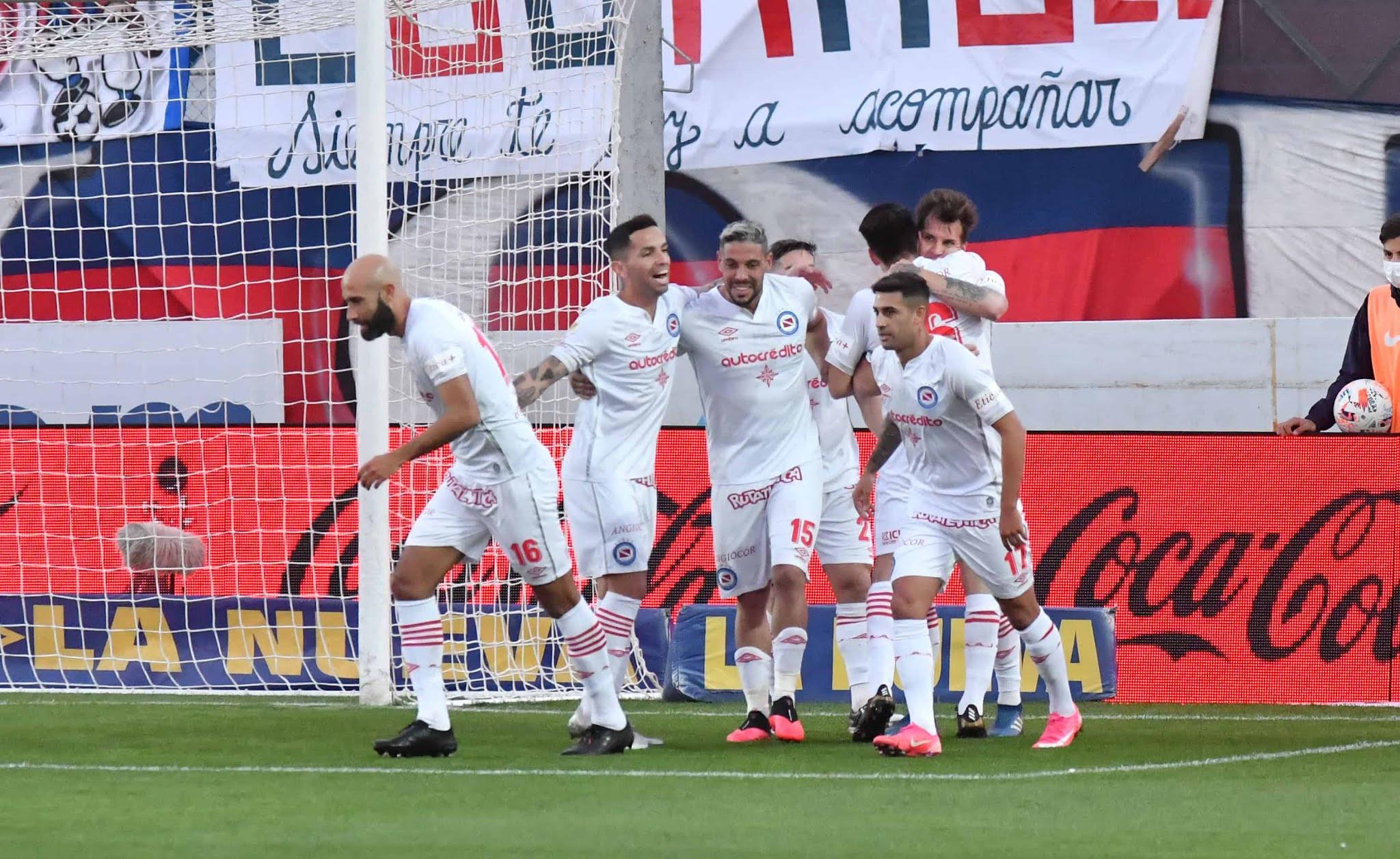 San Lorenzo cayó ante Argentinos y sumó su tercera derrota consecutiva