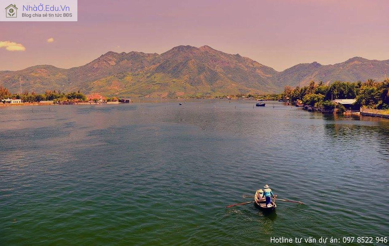 Đầm Thủy Triều, Cam Lâm, Khánh Hòa