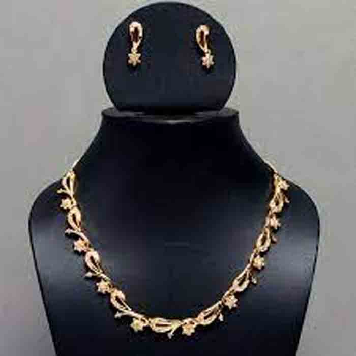 Gold prices remain unchanged for 4 days in the state; 35,120 per sovereign, Kochi, News, Business, Gold, Gold Price, Kerala