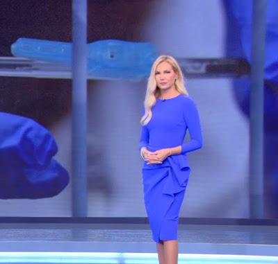 Federica Panicucci vestito blu Mattino Cinque 8 ottobre