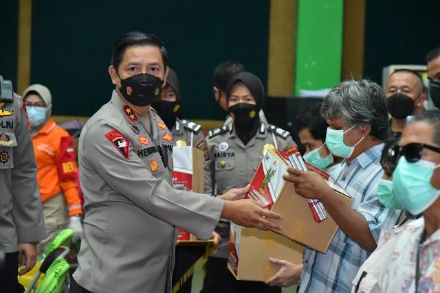 Hadiri Vaksinasi Massal Akabri 1999, Kapolda Lampung: Insya Allah November Lampung sudah Herd Imunity