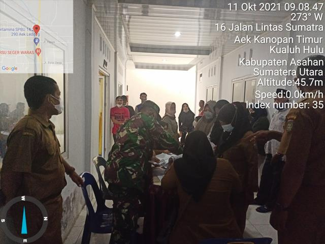 Vaksinasi Kepada Masyarakat Turut Didampingi Personel Jajaran Kodim 0208/Asahan Diwilayah Binaan