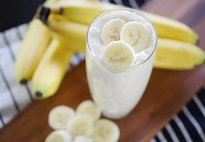 Banana-Walnut Lassi Recipe