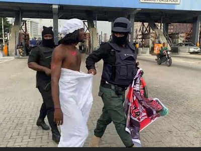 #EndSARS Anniversary: Two persons reportedly arrested at Lekki tollgate this morning.