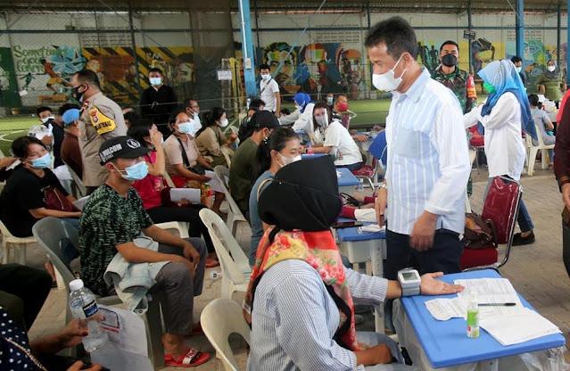 Tinjau Vaksinasi, Onward Siahaan Apresiasi Capaian Vaksinasi di Batam