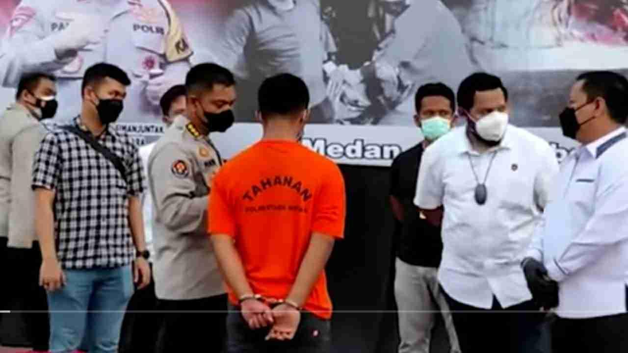 Tim Dit Reskrimum Polda Sumut bersama Sat Reskrim Polrestabes Medan berhasil mengungkap kasus pembunuhan yang terjadi di Hotel Hawaii, Jalan Jamin Ginting, Kecamatan Medan Tuntungan.