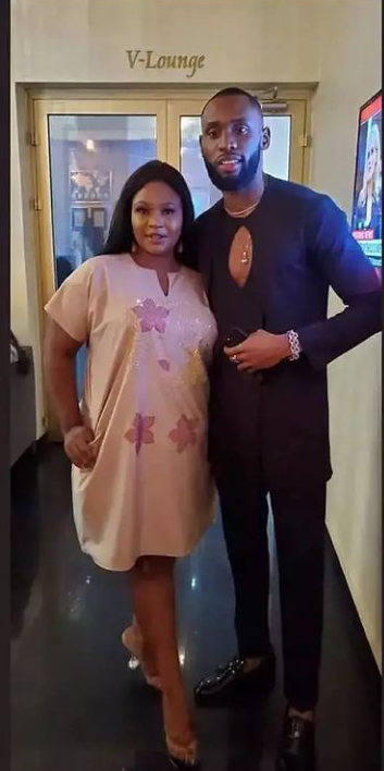 Wedding loading: Pictures of Emmanuel with Liquorose's sister and Liquorose with Emmanuel's brother
