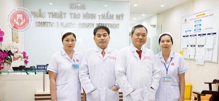Các bác sĩ tại khoa phẫu thuật tạo hình thẩm mỹ Bệnh Viện Răng Hàm mặt TPHCM