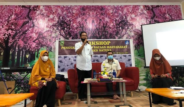 Kadisdik Secara Resmi Menutup Workshop Penguatan TBM di SKB Natuna