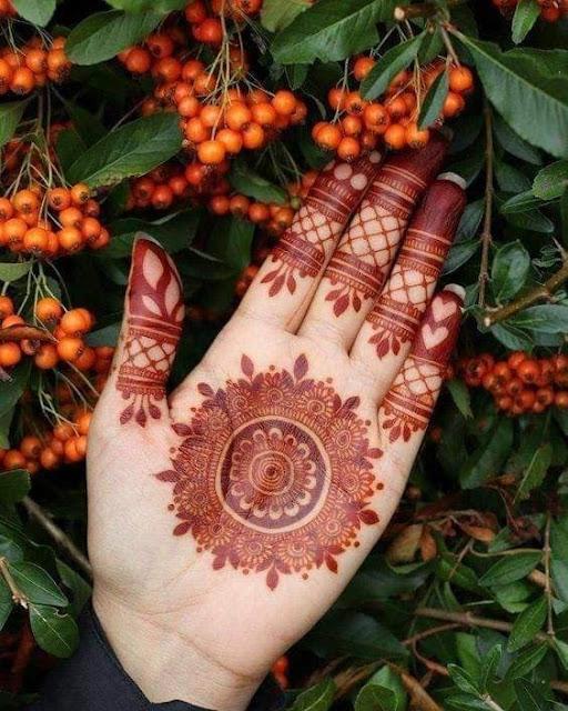 latest mehndi designs for karwa chauth