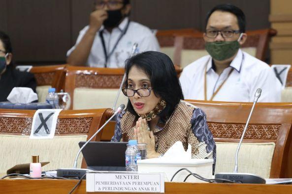 I Gusti Ayu Bintang Darmawati Audiensi Pemerhati Perempuan dan Peduli Anak di Biak .lelemuku.com.jpg