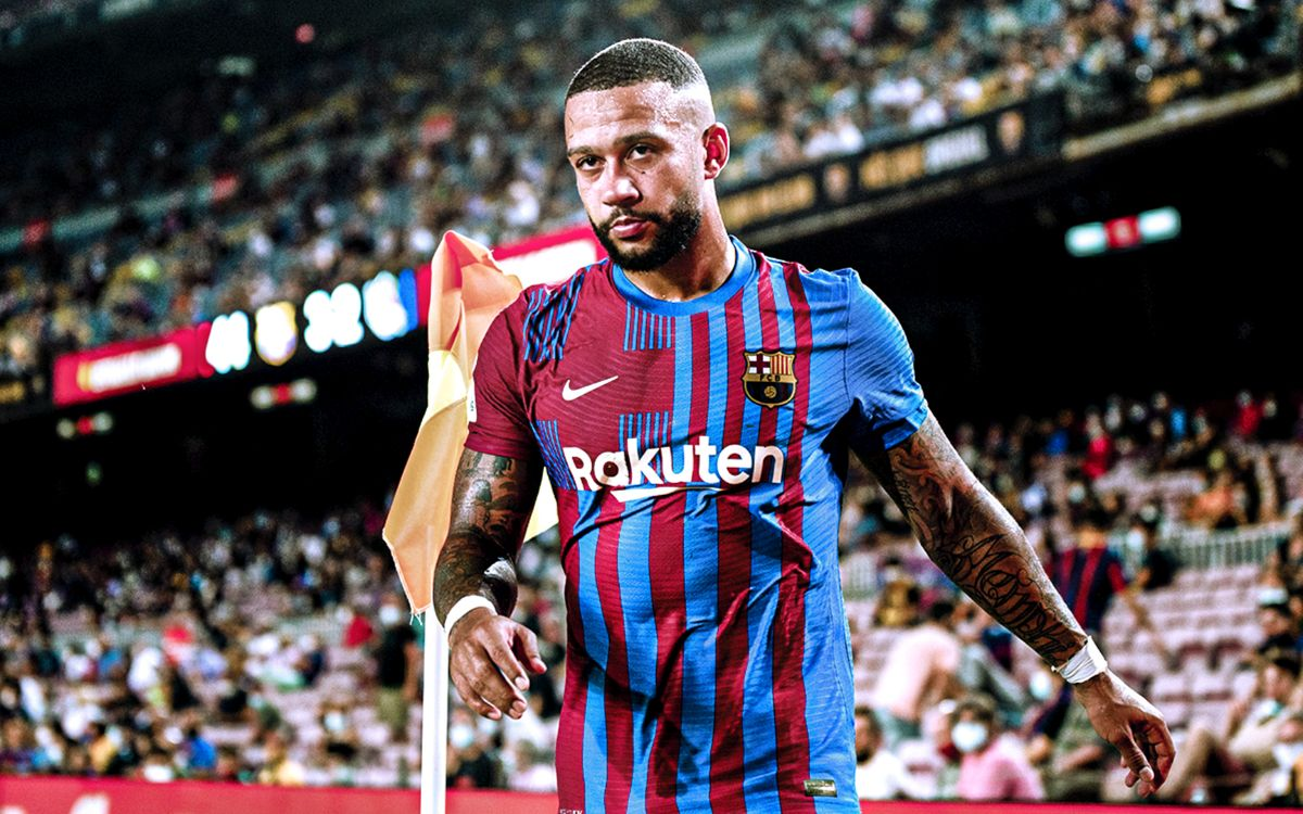 Barcelona forward Memphis Depay