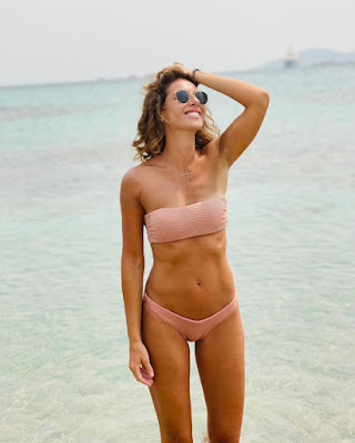 Ingrid Muccitelli bikini marrone estate 2021