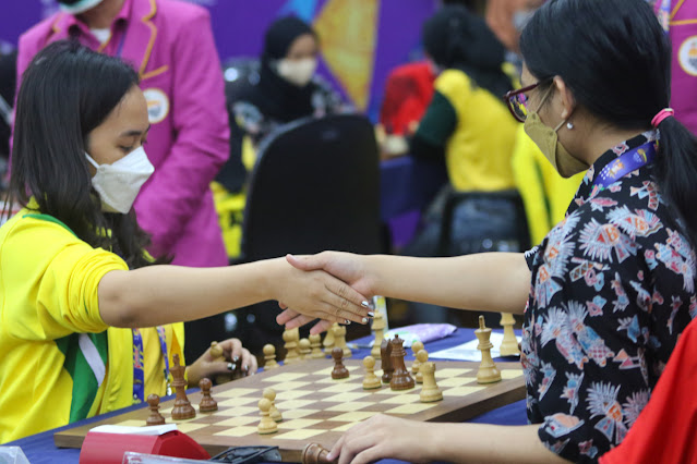 Atlet Tenis Putri Papua dan Jawa Timur Siap Bertarung di Semifinal Nomor Tunggal.lelemuku.com.jpg
