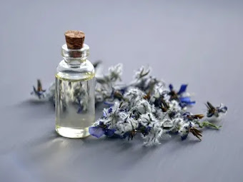 The 10 Powerful Health And Wellness Benefits Of Aromatherapy