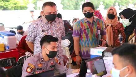 Bupati Purworejo Tinjau Vaksinasi di Pendopo Kabupaten