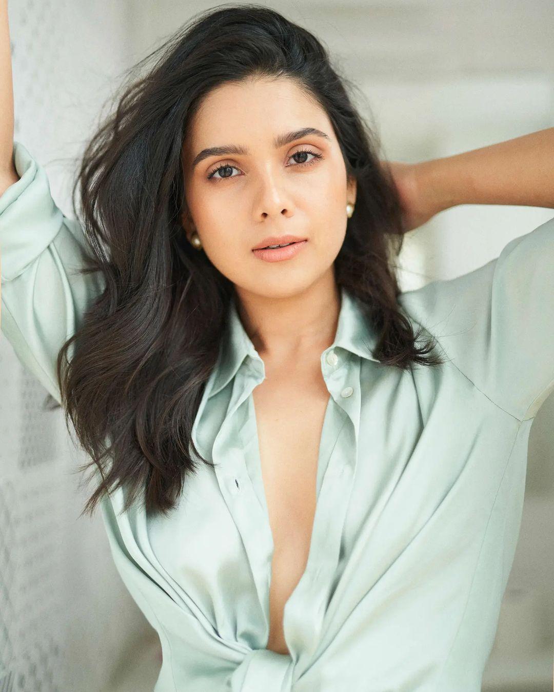 Rashmi-Agdekar-Hot-and-Erotic-Beautiful-Pictures-Insta-Stars