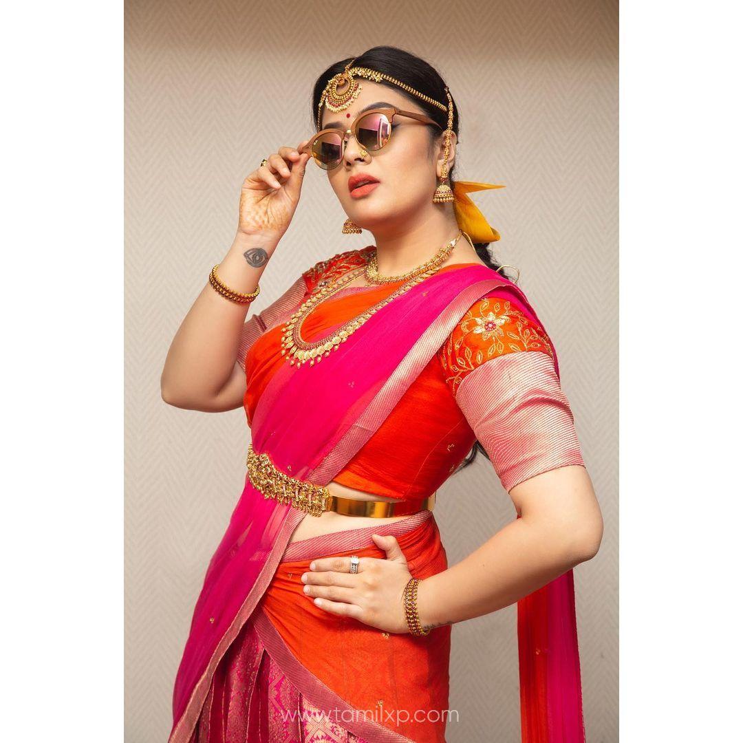 sreemukhi new photos
