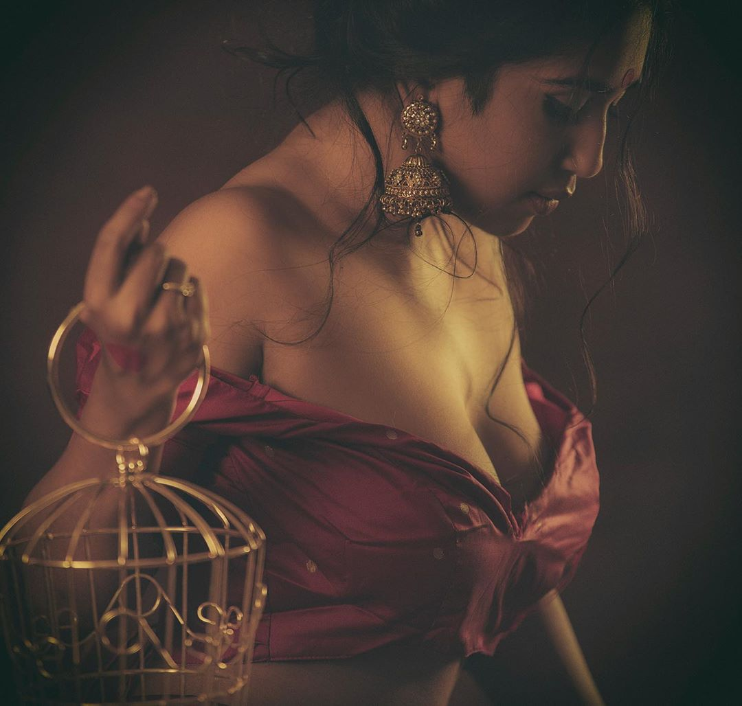 Scarlett Rose glamorous photo gallery