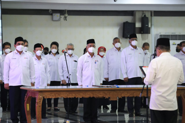 Jusuf Kalla Lantik Pengurus PMI Jateng Masa Bakti 2021-2026