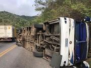 Ônibus com profissionais de saúde de Barra do Corda e Presidente Dutra tomba no Ceará deixa mortos e mais de 30 Feridos