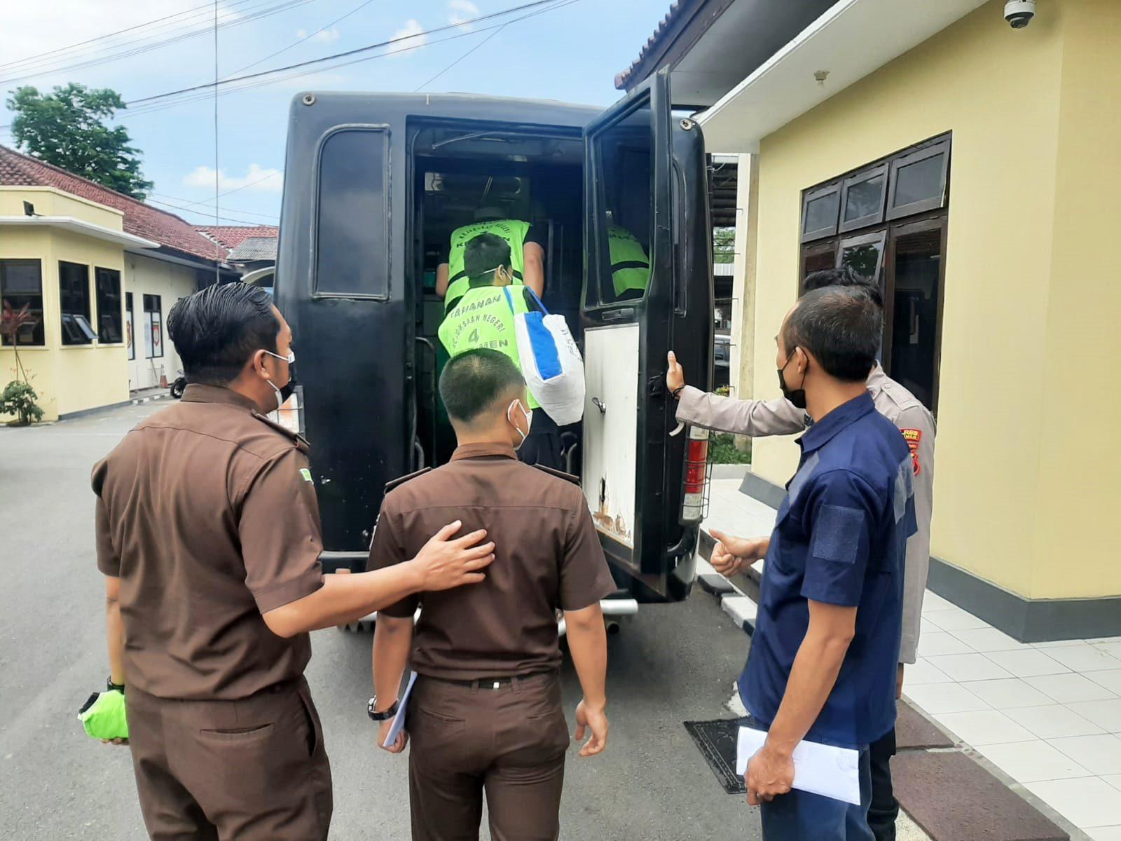 Atas Permintaan Kejari, 7 Tahanan Dipindah dari Polres ke Rutan Kelas II Kebumen