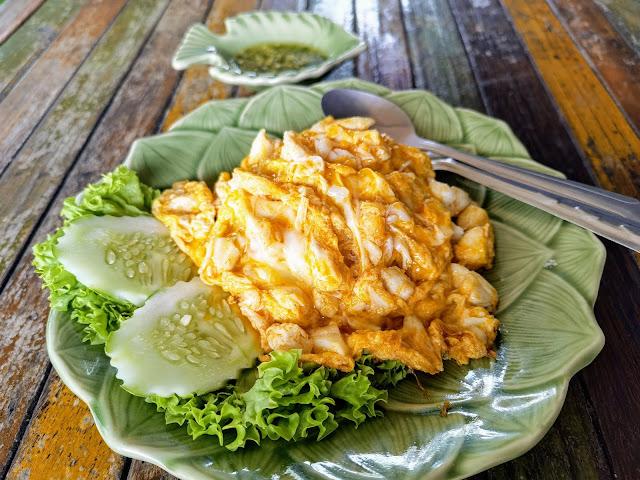 Warm_Up_Cafe_Crab_Omelette