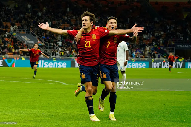 Oyarzabal (No. 21) scored the opening goal for Spain