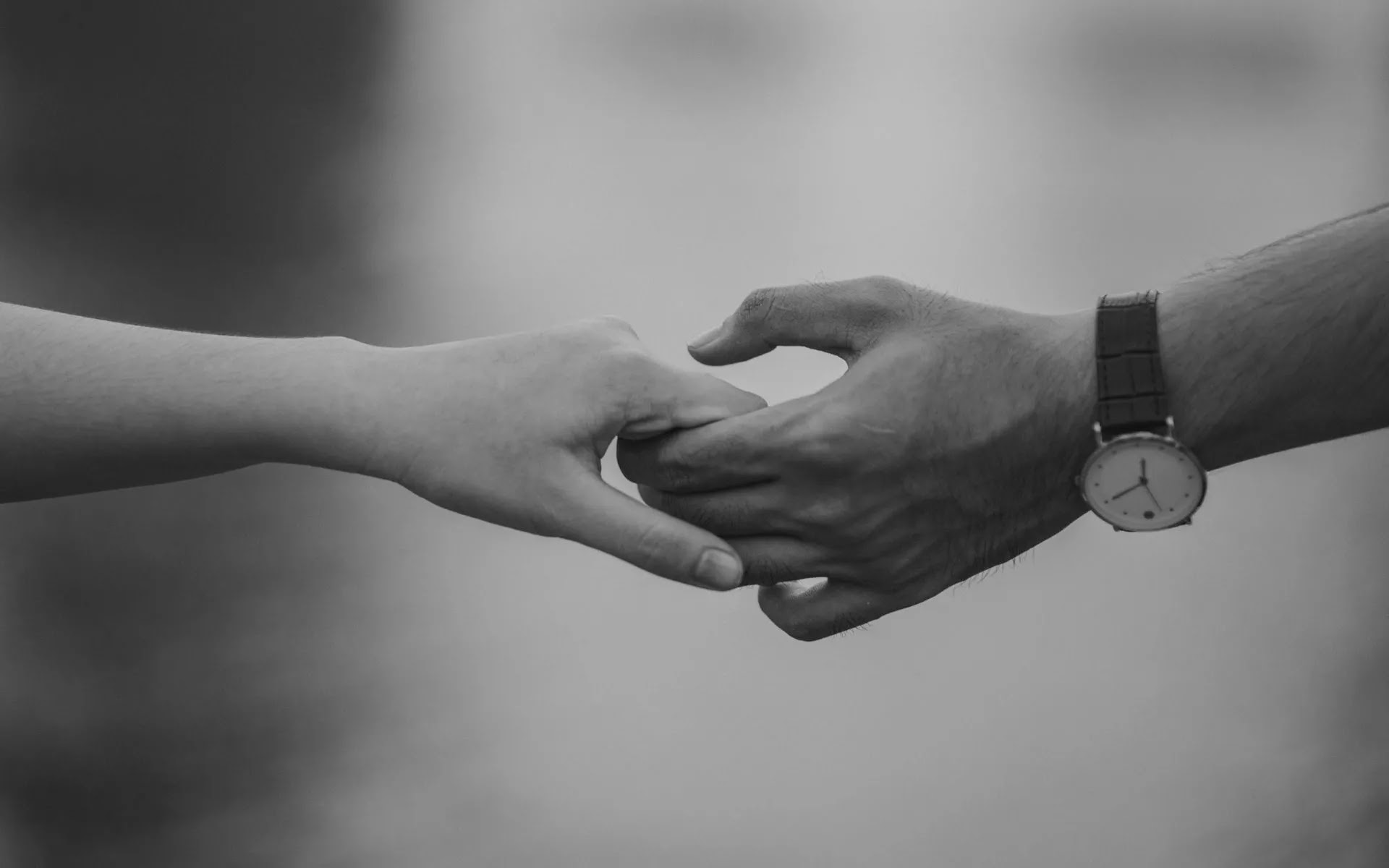 love couple hand in hand image black and white